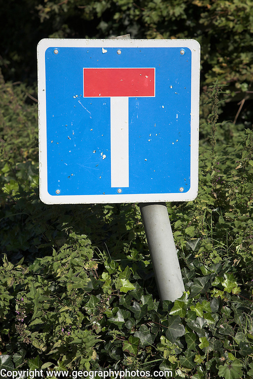 Blue square No Through Road road traffic sign
