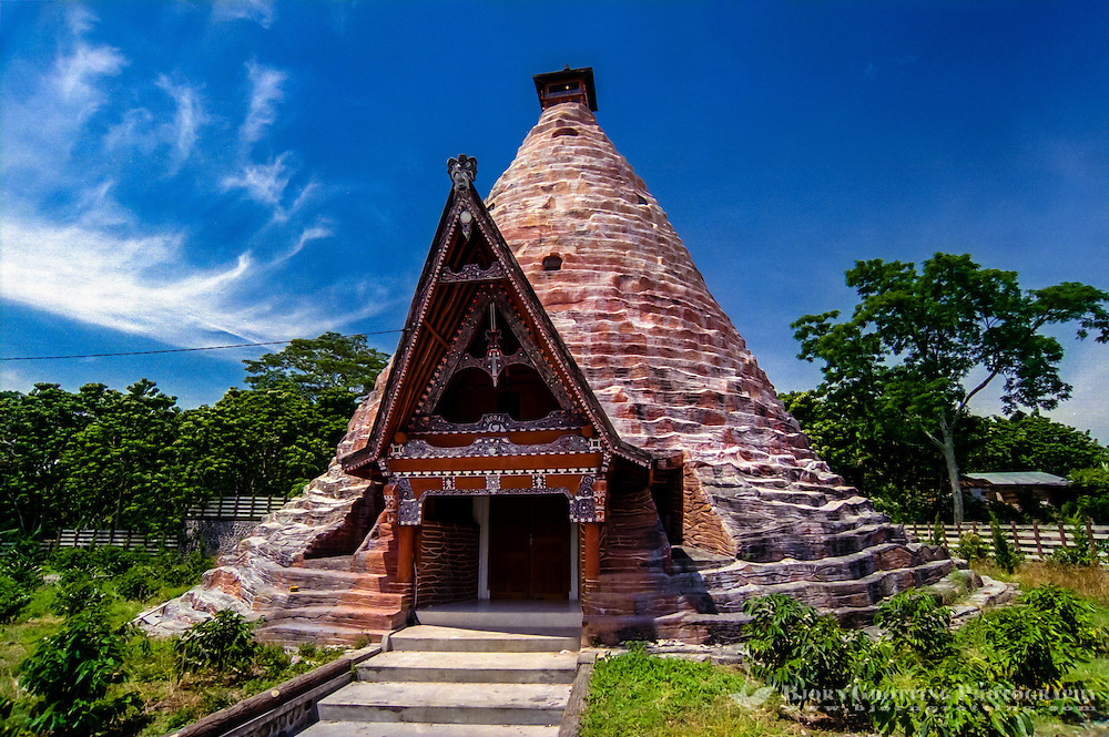 Indonesia, Sumatra. Samosir. This unique grave chamber close to Simanindo is inspired by traditional Batak architecture.