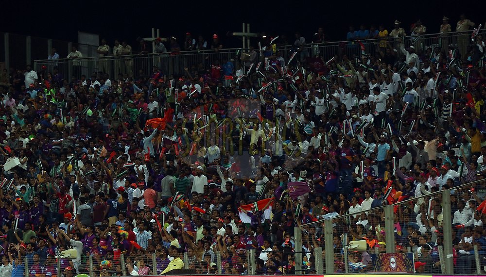 spectators voting during match 30 of the Vivo 2017 Indian Premier League between the Rising Pune Supergiants and the Kolkata Knight Riders  held at the MCA Pune International Cricket Stadium in Pune, India on the 26th April 2017<br /> <br /> Photo by Sandeep Shetty - Sportzpics - IPL
