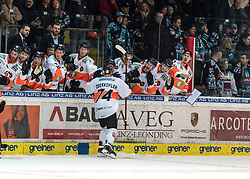 15.03.2019, Keine Sorgen Eisarena, Linz, AUT, EBEL, EHC Liwest Black Wings Linz vs Moser Medical Graz 99ers, Viertelfinale, 2. Spiel, im Bild Daniel Oberkofler (Moser Medical Graz 99ers) feiert das 3 zu 3 // during the Erste Bank Icehockey 2nd quarterfinal match between EHC Liwest Black Wings Linz and Moser Medical Graz 99ers at the Keine Sorgen Eisarena in Linz, Austria on 2019/03/15. EXPA Pictures © 2019, PhotoCredit: EXPA/ Reinhard Eisenbauer