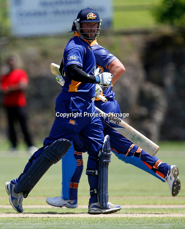 Too Easy: Volts Darren Stevens and Neil Broom run up a partnership of 150. One Day Action, Auckland Aces v Otago Volts, Colin Maiden Park Glen Innes, Sunday 30th January 2011. Photo: Shane Wenzlick / www.photosport.co.nz