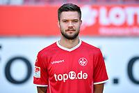 2nd German Bundesliga, official photocall 1. FC Kaiserslautern for season 2017/18 in Kaiserslautern, Germany: Lukas Spalvis.  Photo: Uwe Anspach/dpa | usage worldwide