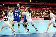 DESCRIZIONE : Handball Jeux Olympiques Londres Quart de Finale<br /> GIOCATORE : CHOI Jeong KOR Levina Olga RUS<br /> SQUADRA : Coree Femme<br /> EVENTO : FRANCE Handball Jeux Olympiques<br /> GARA : Coree Russie<br /> DATA : 07 08 2012<br /> CATEGORIA : handball Jeux Olympiques<br /> SPORT : HANDBALL<br /> AUTORE : JF Molliere <br /> Galleria : France JEUX OLYMPIQUES 2012 Action<br /> Fotonotizia : France Handball Femme Jeux Olympiques Londres Quart de Finale Copper Box<br /> Predefinita :
