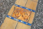 Frankrijk, Cannes, 30-8-2006..De handafdruk van Catherine Deneuve bij het theater waar het filmfestival elk jaar plaatsvindt..Foto: Flip Franssen/Hollandse Hoogte