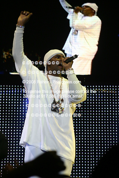 R. Kelly  at Jay-Z's  Madison Square Garden concert on Nov. 25th, 2003. Jay-Z is claiming this show was his final performance....Photo Credit; ©2004 Rahav Segev