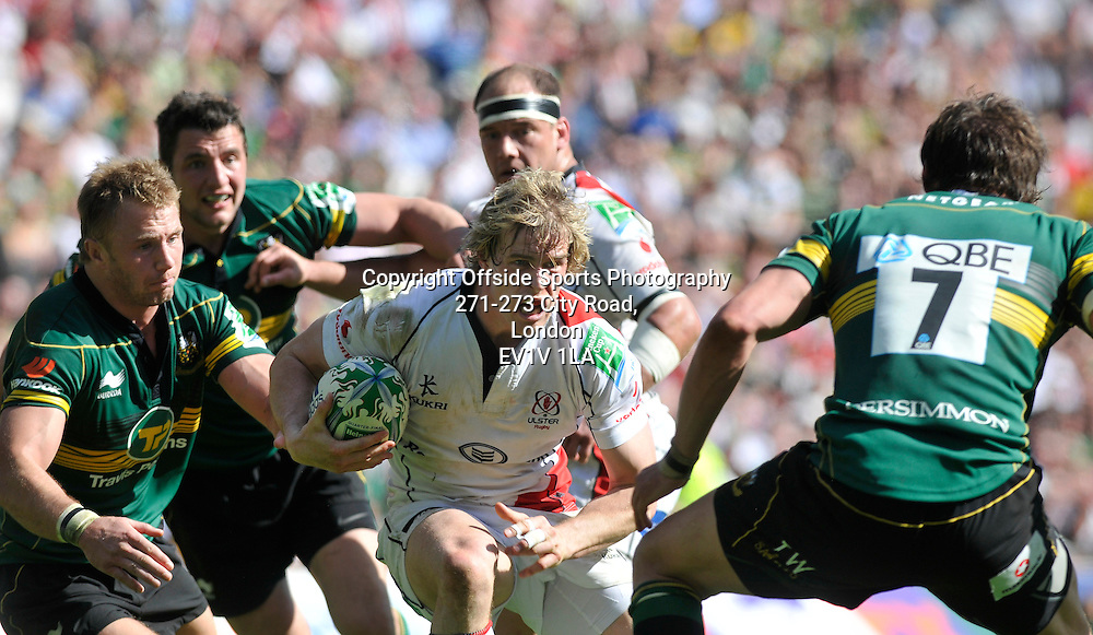 10/04/2011 - Heineken Cup Quarer Final Rugby - Northampton Saints vs Ulster - Ulsters Andrew Trimble attacks. - Photo: Charlie Crowhurst / Offside.