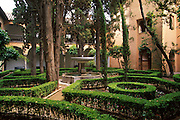 SPAIN, ANDALUSIA, GRANADA Alhambra; Patio of Lindaraja