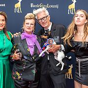 NLD/Utrecht/20191002 - NFF 2019: premiere Puck en Hans, Puck Kroon en Hans Kemmink met dochter Carmen Kemmink en kleinkind