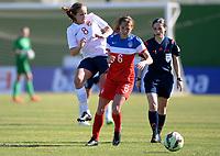 Fotball <br /> La Manga<br /> 28.02.2015<br /> Foto: Morten Olsen/Digitalsport<br /> <br /> Women U23 tournament<br /> Landskamp kvinner U23<br /> Norge v USA / Norway v USA 0:2<br /> <br /> Guro Reiten (8) - Norge<br /> Shea Groom (6) - USA