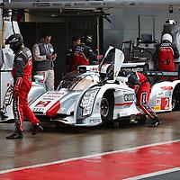 #2 Audi R18 e-tron quattro - hybrid, drivers: Kristensen, Duval, McNish, LMP1, FIA WEC 2013 6h of Silverstone