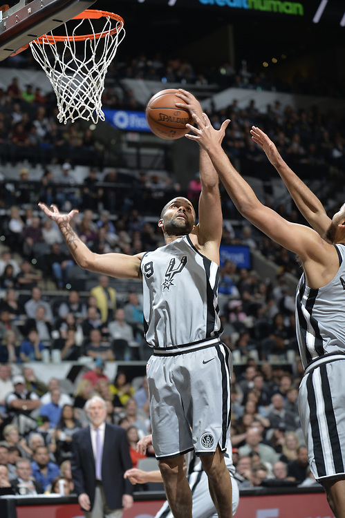 SAN ANTONIO TX - January 28:   XXX of the San Antionio Spurs against the Sacramento Kings on January 28 at the AT&T Center in San Antonio, Texas.  NOTE TO USER: User expressly acknowledges and agrees that, by downloading and or using this photograph, User is consenting to the terms and conditions of the Getty Images License Agreement. Mandatory Copyright Notice: Copyright 2017 NBAE (Photo by Mark Sobhani/NBAE via Getty Images)