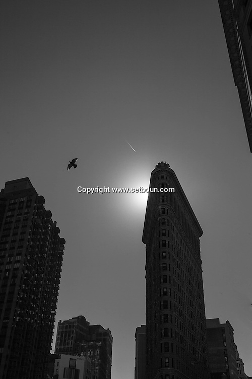 New York, The Flatiron building    on 23rd street and fifth avenue  / Flatiron building.  sur la cinquieme avenue et la 23 em rue