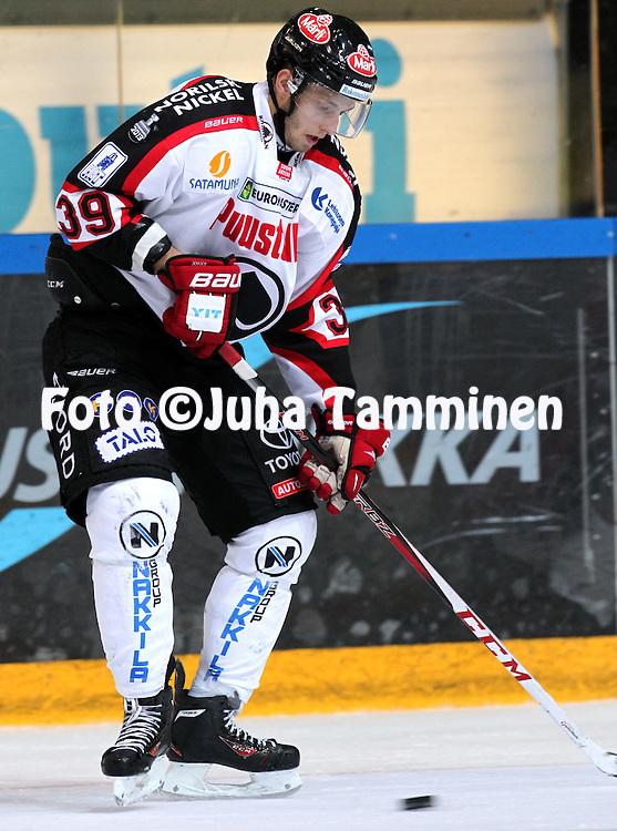 25.10.2013, Hakamets&auml;n j&auml;&auml;halli, Tampere.<br /> J&auml;&auml;kiekon SM-liiga 2012-13. Ilves - &Auml;ss&auml;t.<br /> Petteri Lindbohm - &Auml;ss&auml;t