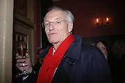 Michael frayn. Opening night of Embers, Duke of York's theatre. St. Martin's Lane. London. 1 March 2006. ONE TIME USE ONLY - DO NOT ARCHIVE  © Copyright Photograph by Dafydd Jones 66 Stockwell Park Rd. London SW9 0DA Tel 020 7733 0108 www.dafjones.com