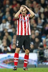 22.01.2012, Santiago Bernabeu Stadion, Madrid, ESP, Primera Division, Real Madrid vs Athletic Bilbao, 1. Spieltag, Nachtrag, im Bild Athletic de Bilbao's Fernando Llorente // during the football match of spanish 'primera divison' league, 1th round, supplement, between Real Madrid and Athletic Bilbao at Santiago Bernabeu stadium, Madrid, Spain on 2012/01/22. EXPA Pictures © 2012, PhotoCredit: EXPA/ Alterphotos/ Cesar Cebolla..***** ATTENTION - OUT OF ESP and SUI *****