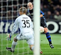 Milano, 23/02/2011<br /> Champions League/Champions League/Inter-Bayern Monaco<br /> Cambiasso calcia addosso a Kraft