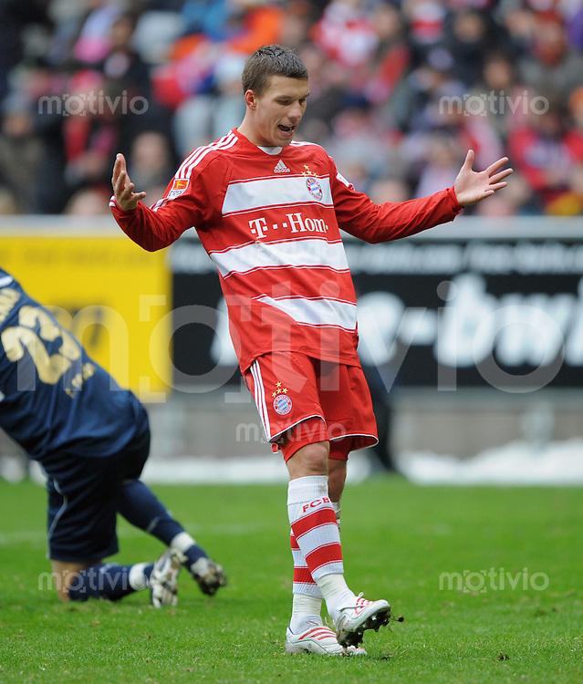 Fussball   1.Bundesliga 2008/2009  21.02.2009    21. Spieltag FC Bayern Muenchen  -  1. FC Koeln Enttaeuschung FC Bayern, Lukas Podolski