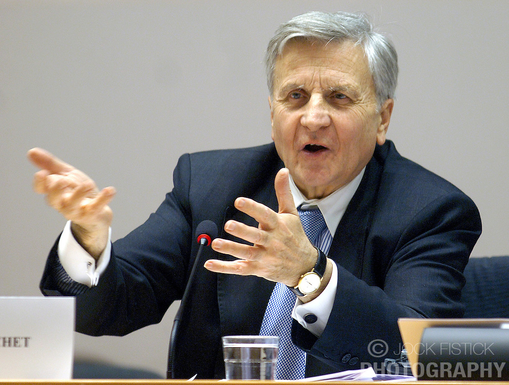 BRUSSELS, BELGIUM - DEC-20-2006 - Jean-Claude Trichet, President of the European Central Bank, speaks before the Committee of Economic and Monetary Affairs at the European Parliament in Brussels, Wednesday December 20, 2006. (PHOTO / JOCK FISTICK).