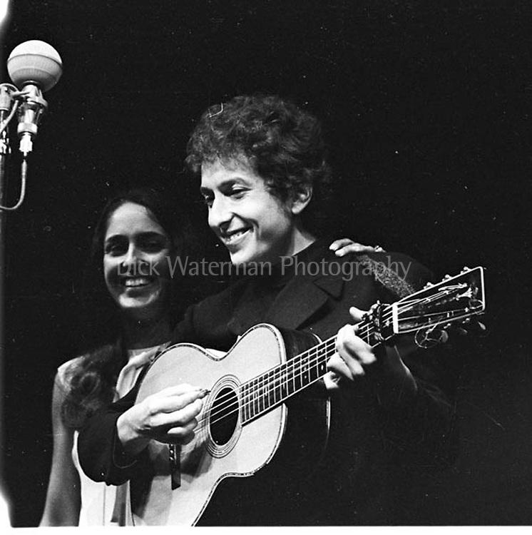 Bob Dylan and Joan Baez, Newport Folk Festival 1964