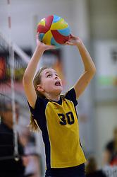 07-02-2015 NED: CMV Nationale Open Clubkampioenschappen Volleybal 2015, Apeldoorn<br /> 216 jeugdteams in actie tijdens de halve finales van de Nationale Open Jeugd Kampioenschappen (NOJK). In vijftien sporthallen door heel Nederland spelen deze teams om 64 finaleplaatsen. In de Alternohal te Apeldoorn speelden de cmv meisjes en jongens.