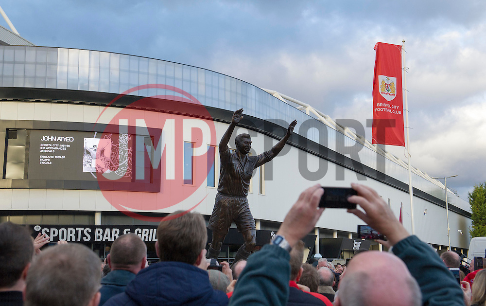 Statue of John Atyeo is unveiled at Ashton Gate in front of gathered supporters - Mandatory by-line: Paul Knight/JMP - 05/11/2016 - FOOTBALL - Ashton Gate - Bristol, England - Bristol City v Brighton and Hove Albion - Sky Bet Championship