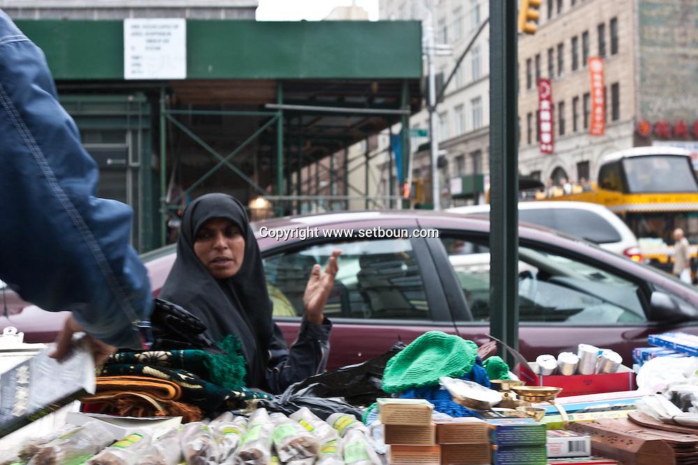 New York, Canal street street sellers