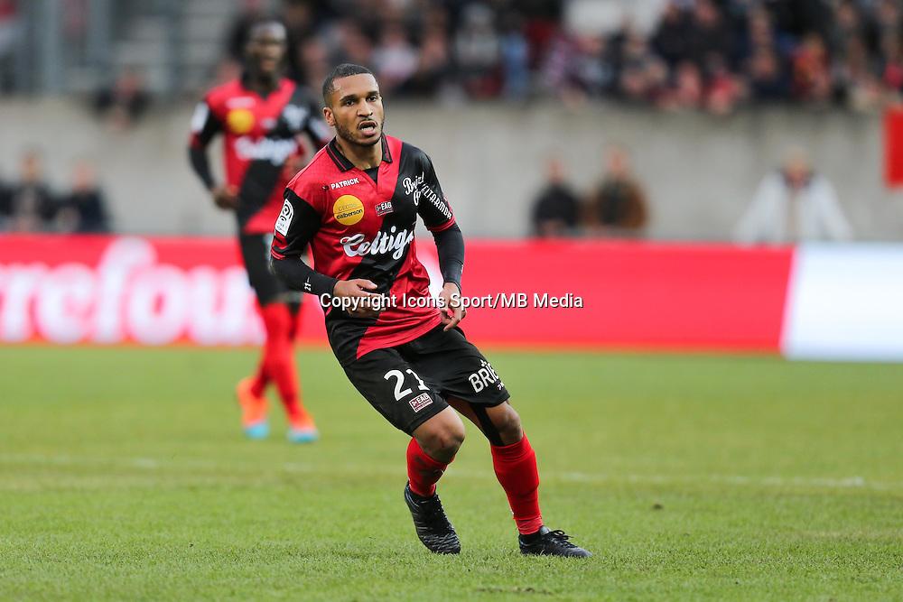 Sylvain MARVEAUX  - 08.03.2015 - Guingamp / Lille - 28eme journee de Ligue 1 <br /> Photo : Vincent Michel / Icon Sport