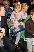 Lancering van het nieuwe (voor)leesboek Mr Finney en de andere kant van het water van Prinses Laurentien en Sieb Posthuma het Oceanium van Diergaarde Blijdorp in Rotterdam. <br /> <br /> Op de Foto:<br /> <br />  Prinses Laurentien met haar dochter Leonore