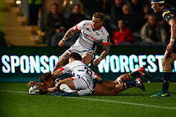 Sam Olver of Worcester Warriors scores his sides second try - Mandatory by-line: Craig Thomas/JMP - 03/11/2017 - RUGBY - Sixways Stadium - Worcester, England - Worcester Warriors v Sale Sharks - Anglo Welsh Cup