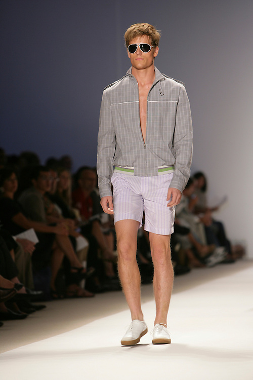 Perry Ellis<br />