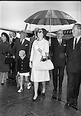 20/08/1963 Princess Grace and Family at Dublin Airport