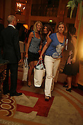 SISTERS: LISA NORTON AND JULES OLIVER, launch of The Bar at the Dorchester. Park Lane. London. 27 June 2006. ONE TIME USE ONLY - DO NOT ARCHIVE  © Copyright Photograph by Dafydd Jones 66 Stockwell Park Rd. London SW9 0DA Tel 020 7733 0108 www.dafjones.com
