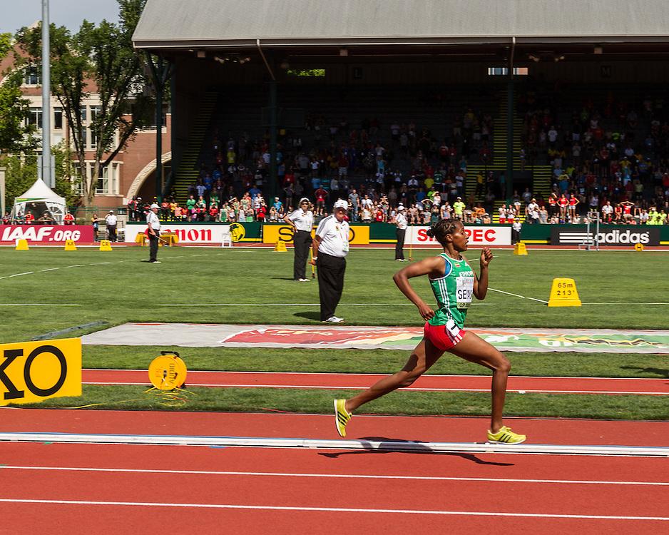 women's 1500 meters, Dawit Sayaum, Ethiopia,