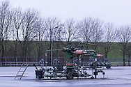 NAM-gaswinlocatie Blija. Mijnbouwwerk productielocatie Blije Ferwerderadeel 1 - NAM - Nederlandse Aardoliemaatschappij B.V. Op de achtergrond is de Waddenzeedijk zichtbaar.