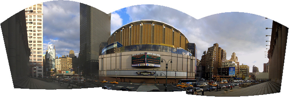 A panoramic pic of Madison Square Garden..Images of the city of New York, United States of America, taken between 20th-22nd November, 2001..©Michael Schofield.