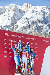 19.01.2013, Olympia delle Tofane, Cortina d Ampezzo, ITA, FIS Weltcup Ski Alpin, Abfahrt, Damen, Podium, im Bild v.r.n.l. Tina Maze (SLO, Platz 2), Lindsey Vonn (USA, Platz 1) und Leanne Smith (USA) // f.l.t.r. 2nd place Tina Maze of Slovenia, 1st place Lindsey Vonn of the USA and 3th place Leanne Smith of the USA celebrate on podium during ladies Downhill of the FIS Ski Alpine World Cup at the Olympia delle Tofane course, Cortina d Ampezzo, Italy on 2013/01/19. EXPA Pictures © 2013, PhotoCredit: EXPA/ Johann Groder