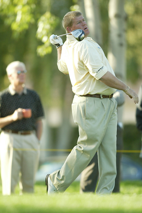John Daly.2004 Bob Hope Chrysler Classic.Fifth Round.Palmer Course at PGA West.Sunday, January 25 2004..Photograph by Darren Carroll