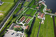 Nederland, Amsterdam, Zaandam, 25-05-2010. Zaanse Schans met huizen, .winkels, werkplaatsen oude ambachten. .luchtfoto (toeslag), aerial photo (additional fee required).foto/photo Siebe Swart