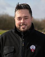 HALFWEG - Greenkeeper Amsterdamse Golfclub.    COPYRIGHT  KOEN SUYK