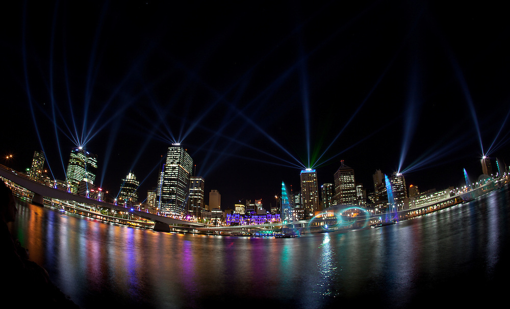 SANTOS CITY OF LIGHTS.Events QLD.QLD Government..© 2011 Barry Alsop Photographer.Eyes Wide Open IMAGES...