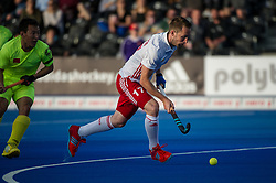 England's Barry Middleton. England v China - Hockey World League Semi Final, Lee Valley Hockey and Tennis Centre, London, United Kingdom on 15 June 2017. Photo: Simon Parker