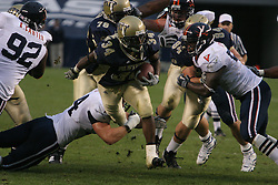 Pittsburgh running back LaRod Stephens-Howling (34) rushes against UVA.  The Virginia Cavaliers fell to the Pittsburgh Panthers 38-13 on September 2, 2006 at Heinz Field in Pittsburgh, PA.
