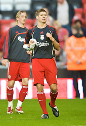 LIVERPOOL, ENGLAND - Monday, August 24, 2009: Liverpool's captain Steven Gerrard MBE and Fernando Torres before the Premiership match against Aston Villa at Anfield. (Photo by David Rawcliffe/Propaganda)