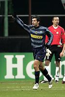 Milan 23-11-2005<br /> Inter Artmedia Bratislava <br /> Champions League 2005-2006<br /> nella  foto esultanza di Figo<br /> Foto Snapshot / Graffiti