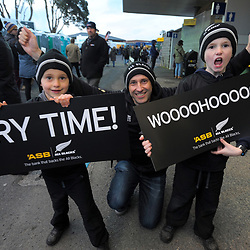 Fans arrive for the Rugby Championship match between the NZ All Blacks and Argentina Pumas at Yarrow Stadium in New Plymouth, New Zealand on Saturday, 9 September 2017. Photo: Dave Lintott / lintottphoto.co.nz