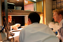 UK ENGLAND BERKSHIRE BRAY 28APR04 - Restaurant Manager Didier (L) passes his instructions to kitchen staff at The Fat Duck restaurant in the village of Bray, Berkshire. The Fat Duck recently won the second best award amongst the world's best restaurants and was awarded its third Michelin Star in January...jre/Photo by Jiri Rezac for Bild am Sonntag..© Jiri Rezac 2004..Contact: +44 (0) 7050 110 417.Mobile:  +44 (0) 7801 337 683.Office:  +44 (0) 20 8968 9635..Email:   jiri@jirirezac.com.Web:    www.jirirezac.com..© All images Jiri Rezac 2004 - All rights reserved.