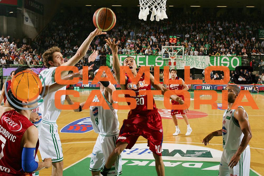 DESCRIZIONE : Treviso Lega A 2008-09 Benetton Treviso Lottomatica Virtus Roma <br /> GIOCATORE : ibrahim jaaber <br /> SQUADRA : Lottomatica Virtus Roma <br /> EVENTO : Campionato Lega A 2008-2009 <br /> GARA : Benetton Treviso Lottomatica Virtus Roma <br /> DATA : 08/04/2009 <br /> CATEGORIA : tiro <br /> SPORT : Pallacanestro <br /> AUTORE : Agenzia Ciamillo-Castoria/S.Silvestri
