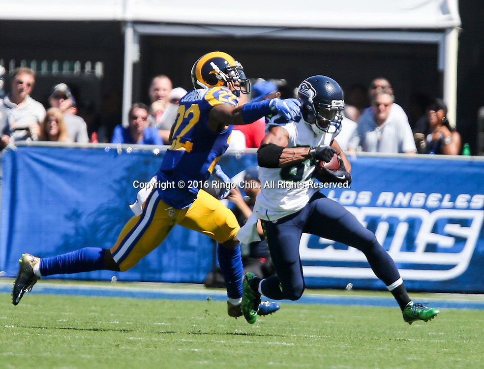 Seattle Seahawks wide receiver Doug Baldwin (89) is defended by Los Angeles Rams Truman Johnson (22) during a NFL football game, Sunday, Sept. 18, 2016, in Los Angeles. The Rams won 9-3.(Photo by Ringo Chiu/PHOTOFORMULA.com)<br /> <br /> Usage Notes: This content is intended for editorial use only. For other uses, additional clearances may be required.