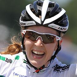 Laura van der Kamp wint de omloop van de Ijsseldelta 2011