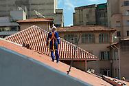 Fotos das obras de Restauro da Igreja da Ordem Terceira de São Francisco, realizadas no mês de fevereiro de 2014. São Paulo, 19 de fevereiro de 2014. Frontão e pináculos fachada frontal: restauro. Foto Daniel Guimarães